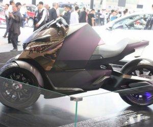 赴日本-摩托车零部件组装
