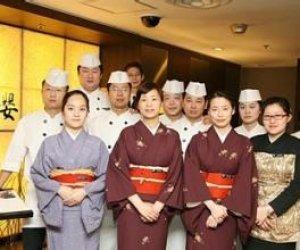 赴日式料理店-服务人员