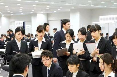 日本就职现场:外国留学生感叹日本就职太繁琐