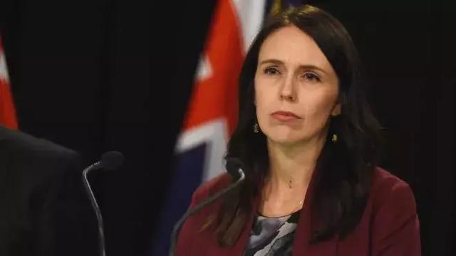 """新西兰这位女总理获得了澳大利亚""""最值得信赖的政治家""""的头衔"""