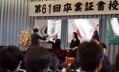 中国人在日本体验的教师待遇是怎样的?