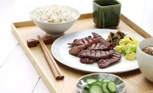 日本人不爱运动,却最健康长寿!原因值得深思