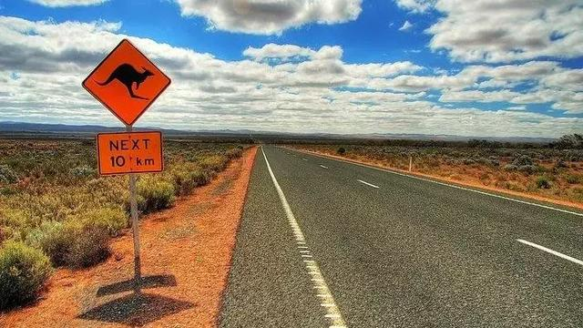 澳洲移民政策重大改革!附各类强制性要求!入籍率暴跌,狂砍10万人