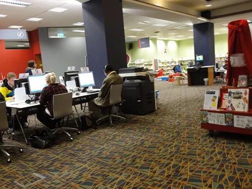 """揭秘:那些你不知道的新西兰图书馆""""隐藏""""用途"""